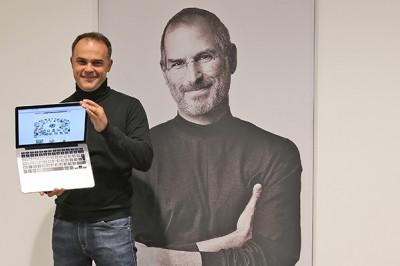 Lucio di Jasio created a mikromedia bootloader for OS X
